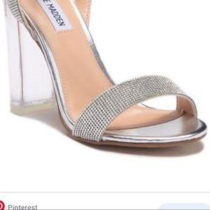 NEW Steve Madden lucite Block Heel Sandal
